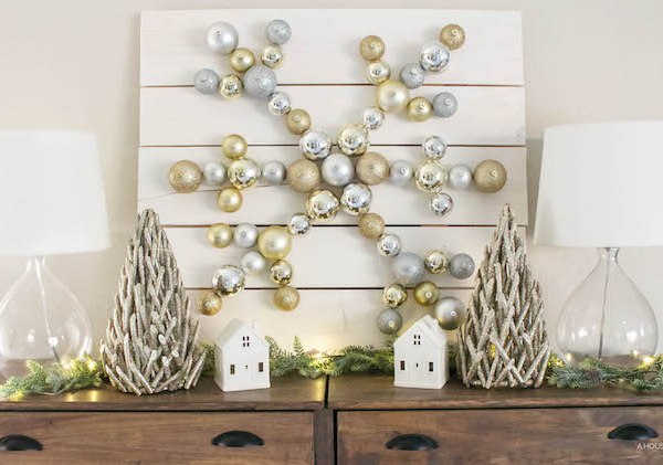 DIY Snowflake Ornament Display with The Home Depot | Christmas DIY | helloallisonblog.com