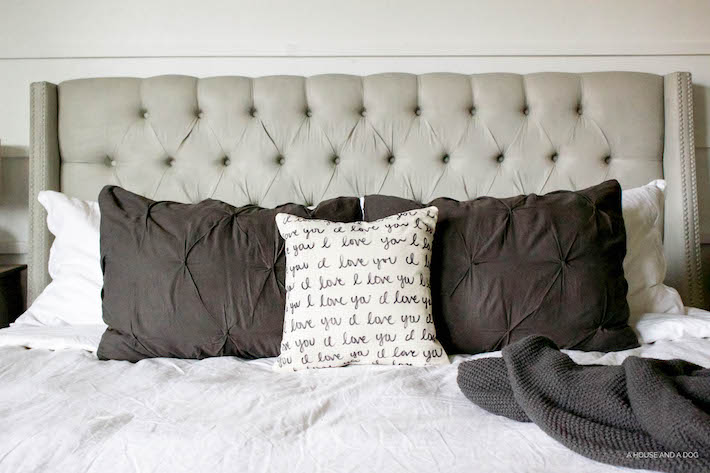 DIY 'I Love You' Pillow - Perfect for Valentine's Day! | helloallisonblog.com
