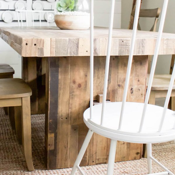 Farmhouse Dining Chairs - New Modern Windsor Chairs! | helloallisonblog.com