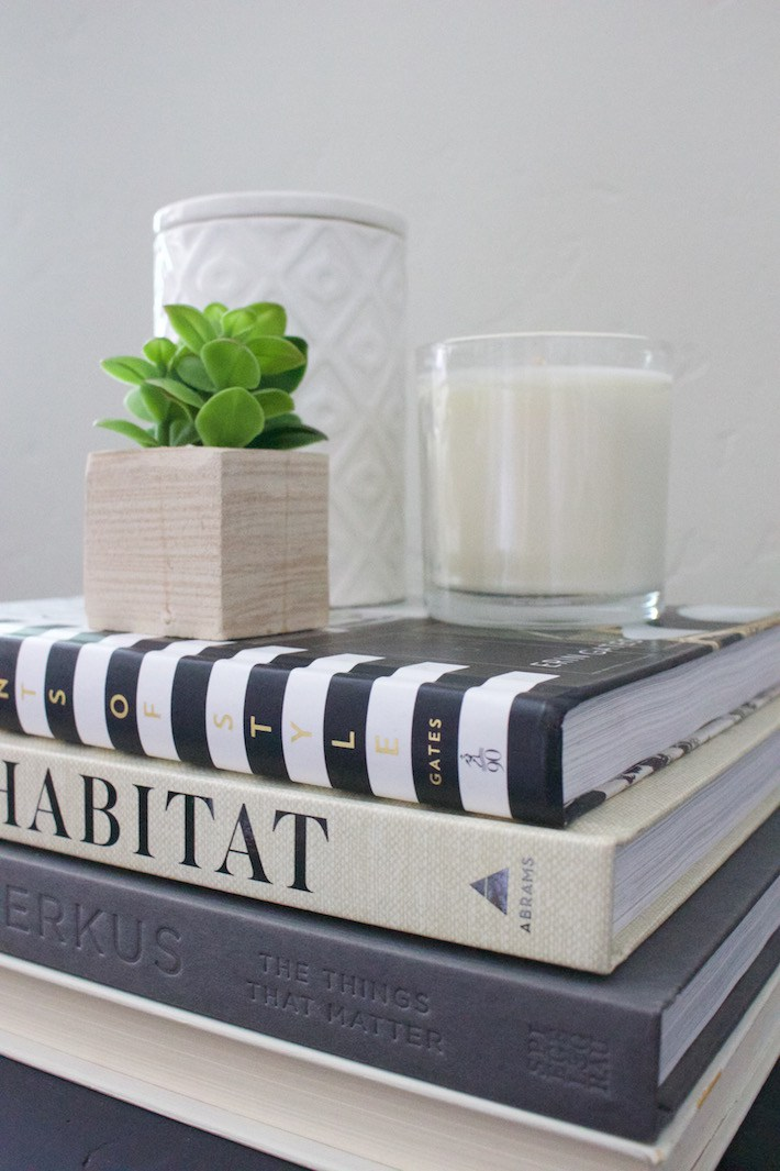 Decorating with Books & My Top Fav Home Decor Books | helloallisonblog.com