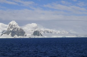 Mountains in the Antarctic Peninsula, glaciers here drain directly into the ocean (these are called tidewater glaciers)