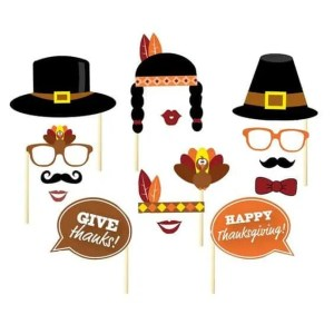 Fun Finds for the Kids Thanksgiving Table-screen free activities for the whole family to enjoy-puzzles, mad libs, legos