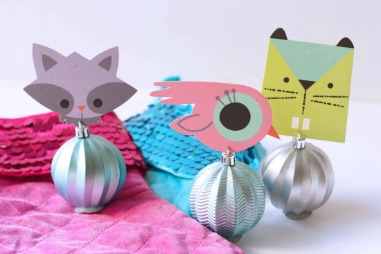 DIY Ball Ornament Placecard Holder for the holiday/Christmas table