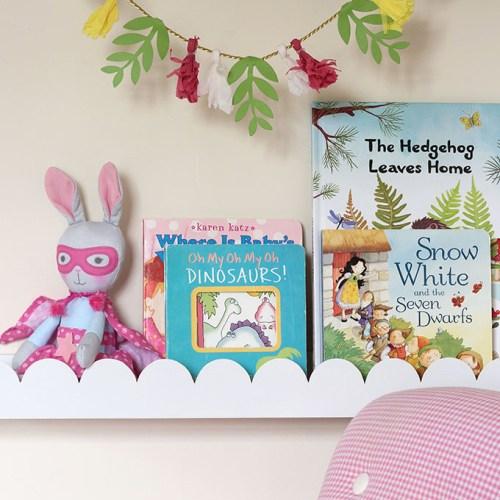 Scalloped Nursery Book Ledges