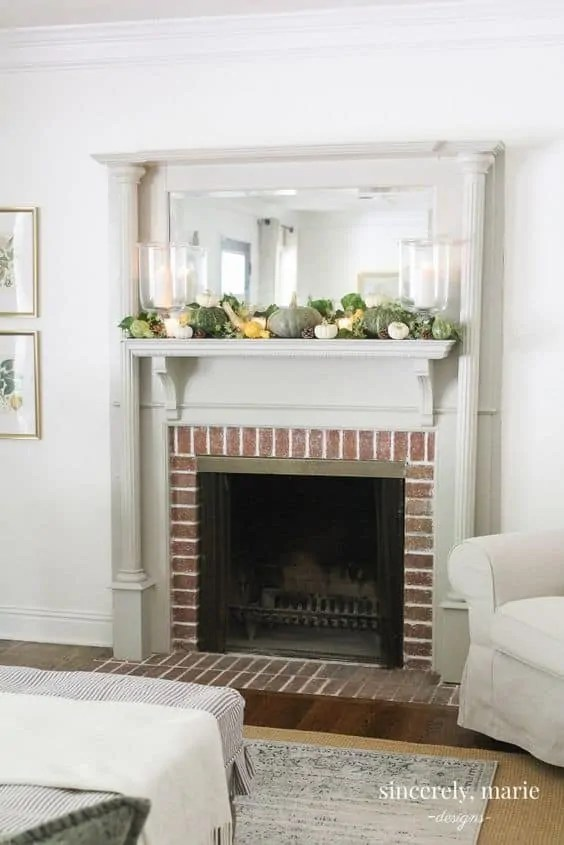 Simplify your fall decorating by taking inspiration from these beautiful simple fall mantel ideas!
