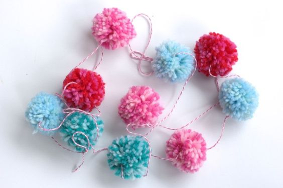 Pom Pom Valentine's Day Garland for your mantel or home
