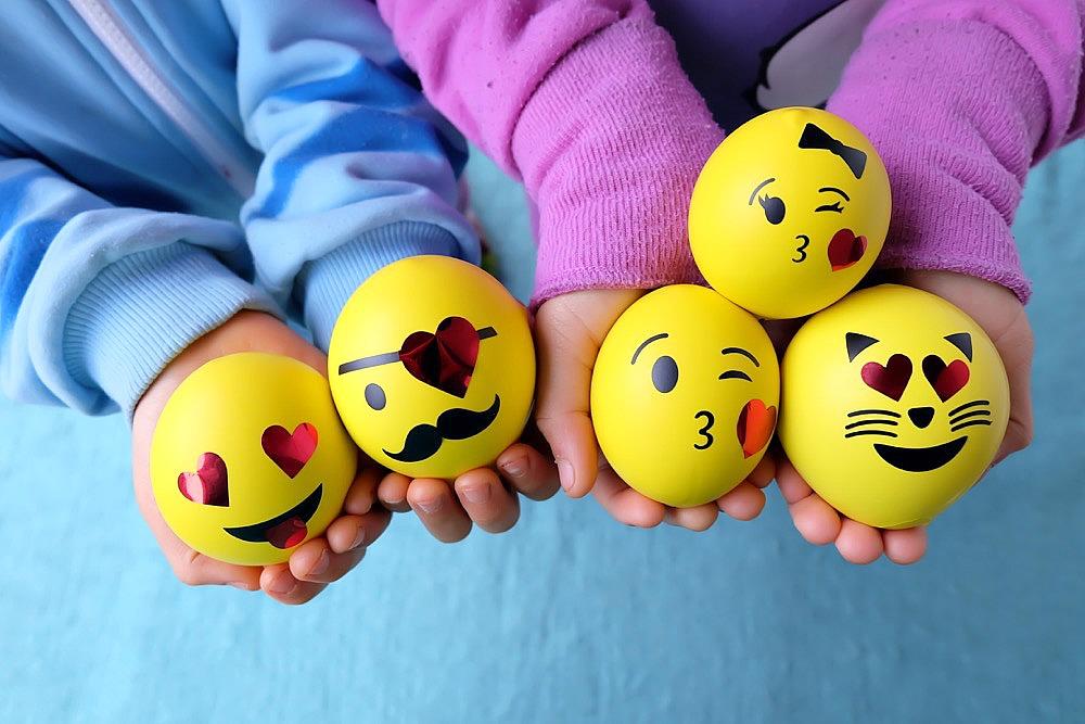 DIY Emoji Squishy Stress Balls Filled With Slime Hello