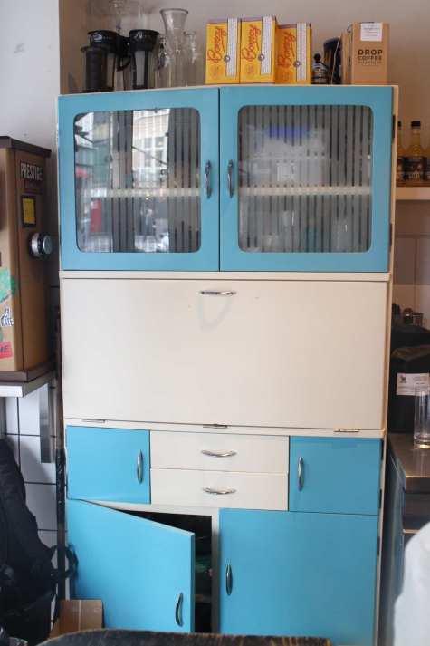 50's dresser