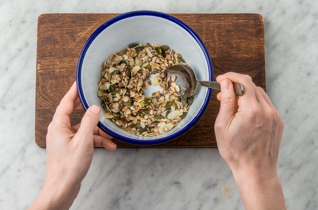 granola-homemade-shop smart-HelloFresh