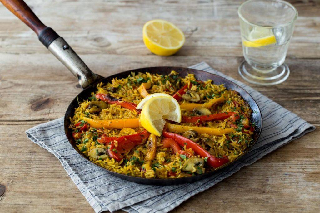 recipes with turmeric-vegetarian-paella-HelloFresh