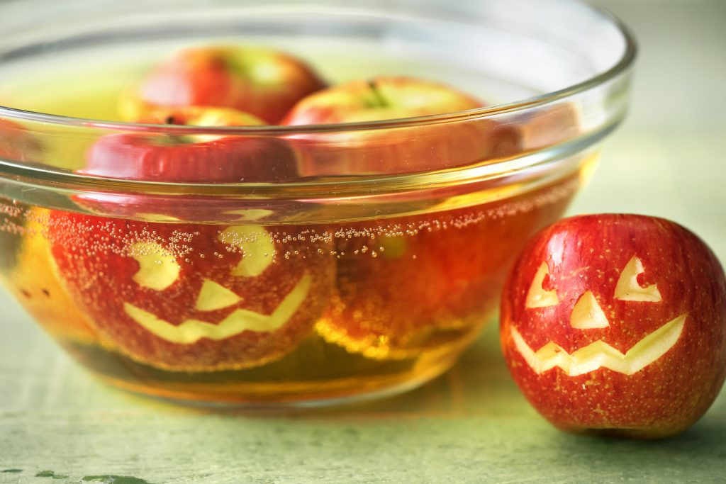 healthy Halloween treats-HelloFresh-carved-apples