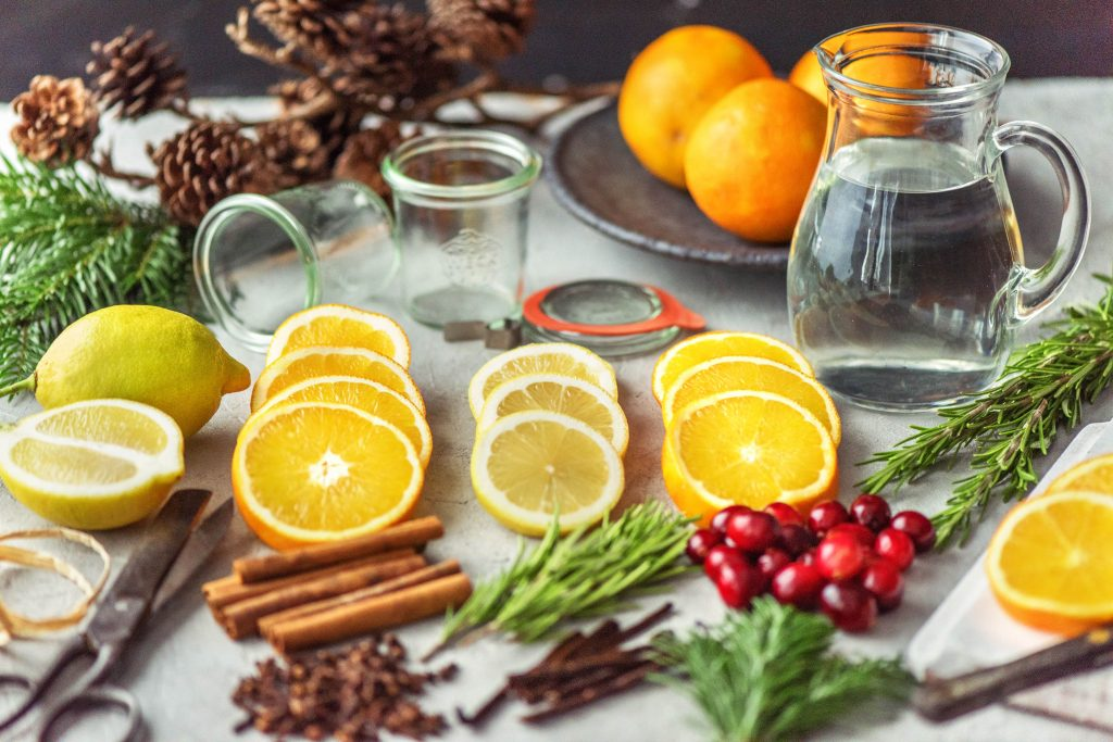 DIY natural room scents-HelloFresh