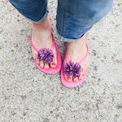 DIY Raffia pom pom flip flops and sun hat