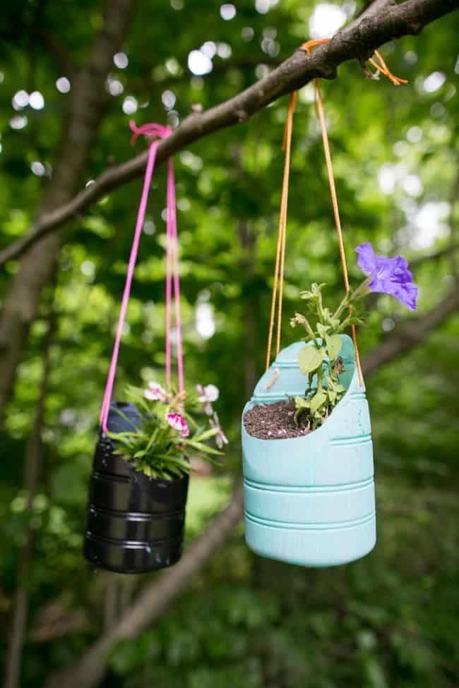 Pot Gantung Dari Botol Bekas : gantung, botol, bekas, Hanging, Planters, Recycled, Bottles