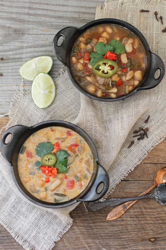 Chickpea and White Bean Chili | HelloGlow.co
