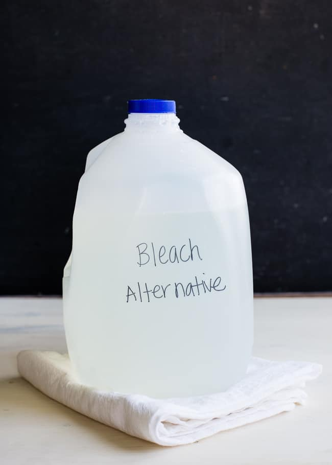 DIY Natural Bleach | HelloGlow.co