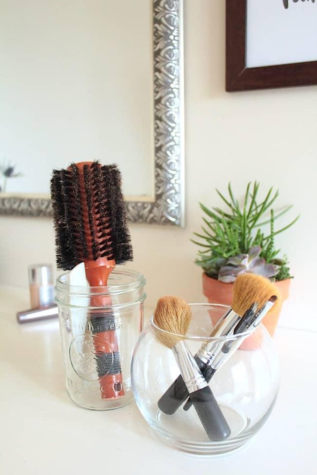 Hairbrush and Makeup Brush Cleaner