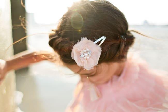 pink-hair-clip