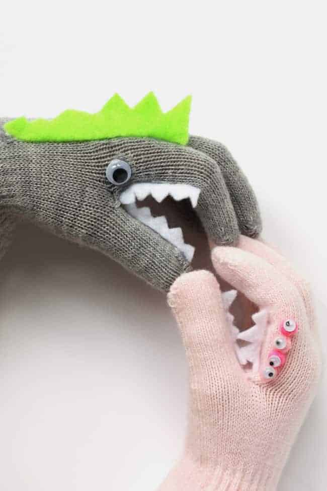 DIY Monster Puppet Gloves | helloglow.co