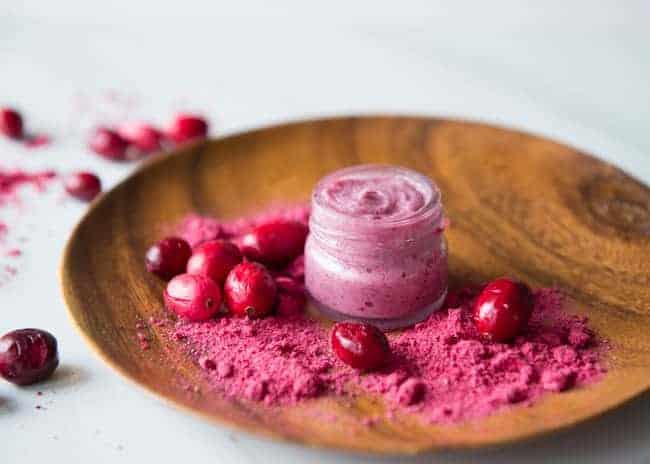 Cranberry Coconut Lip Gloss | 13 Natural Makeup Tutorials