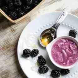 3 Blackberry Recipes for Skin, Face + Hair