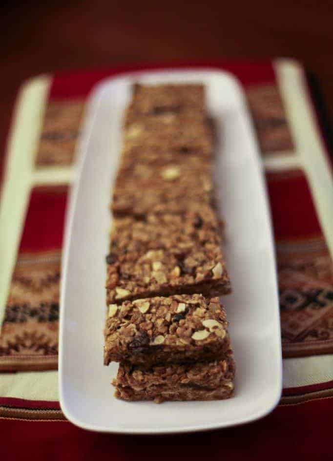 Honey Peanut Butter Granola Bars | Hello Glow