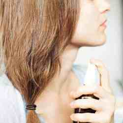 7 Natural Ways to Deal with Dandruff