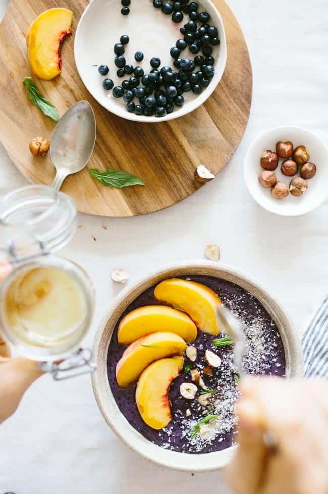 Better Breakfast Series: Whipped Berry Detox Porridge