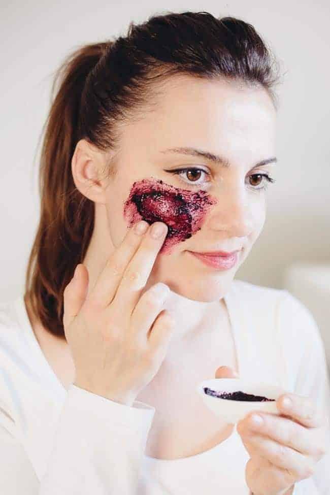 Anti-Aging Acai Face Mask Recipe