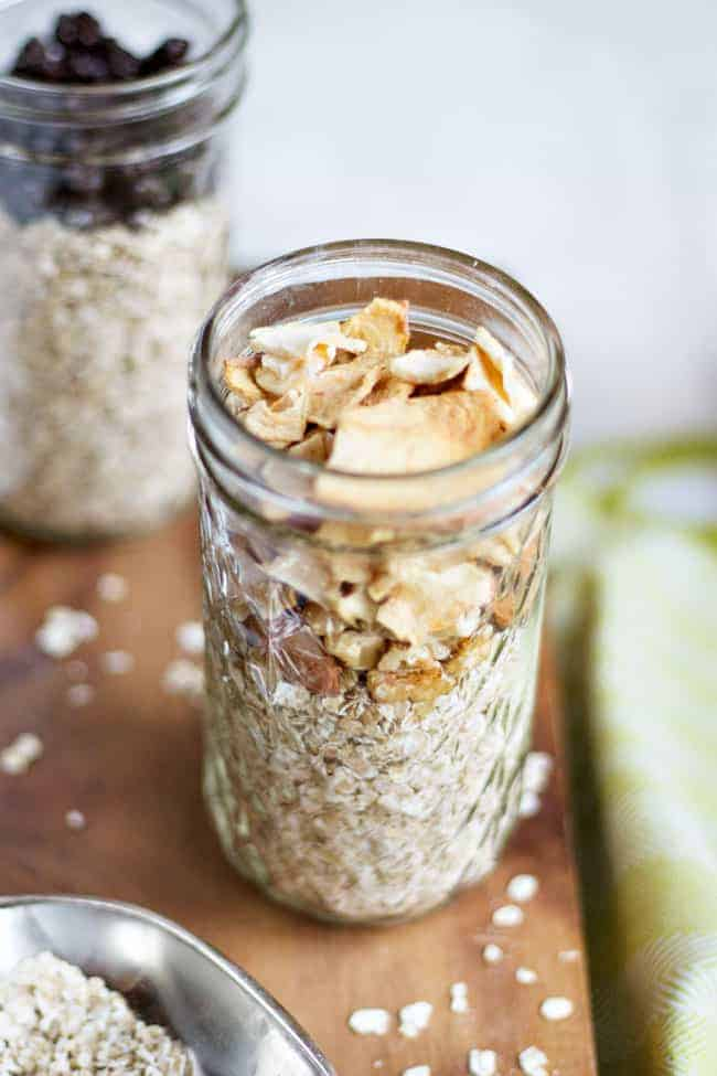 Busy Girl Breakfasts That Will Actually Keep You Full Until Lunch - Overnight Oats
