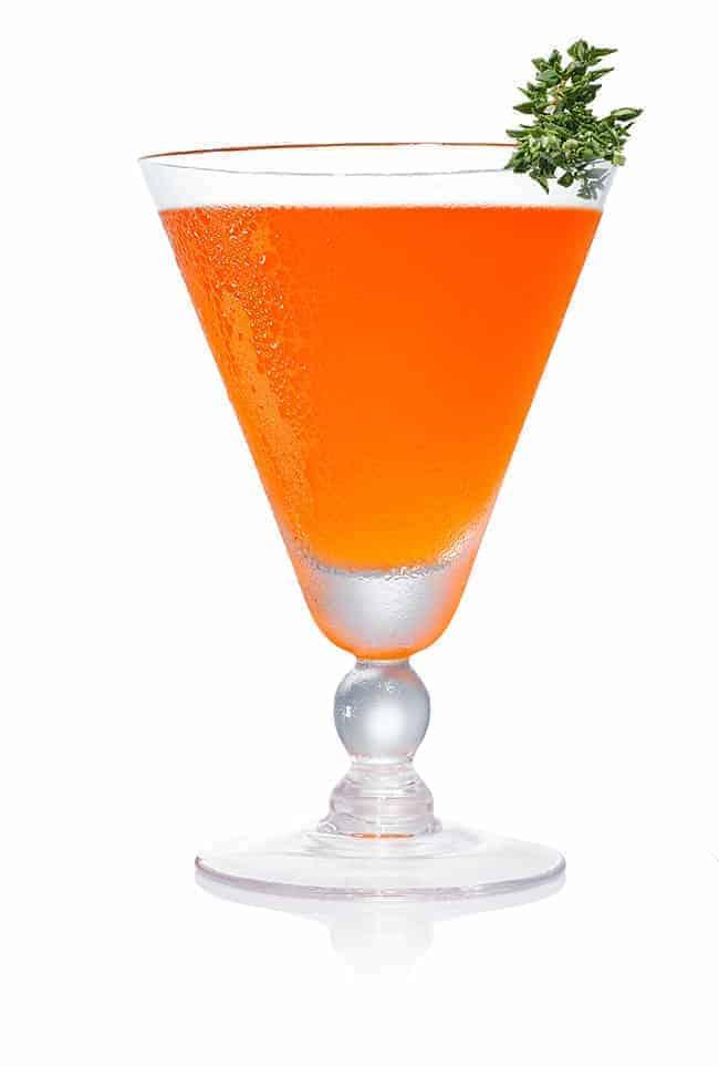 Quittin thyme cocktail - Hello Glow