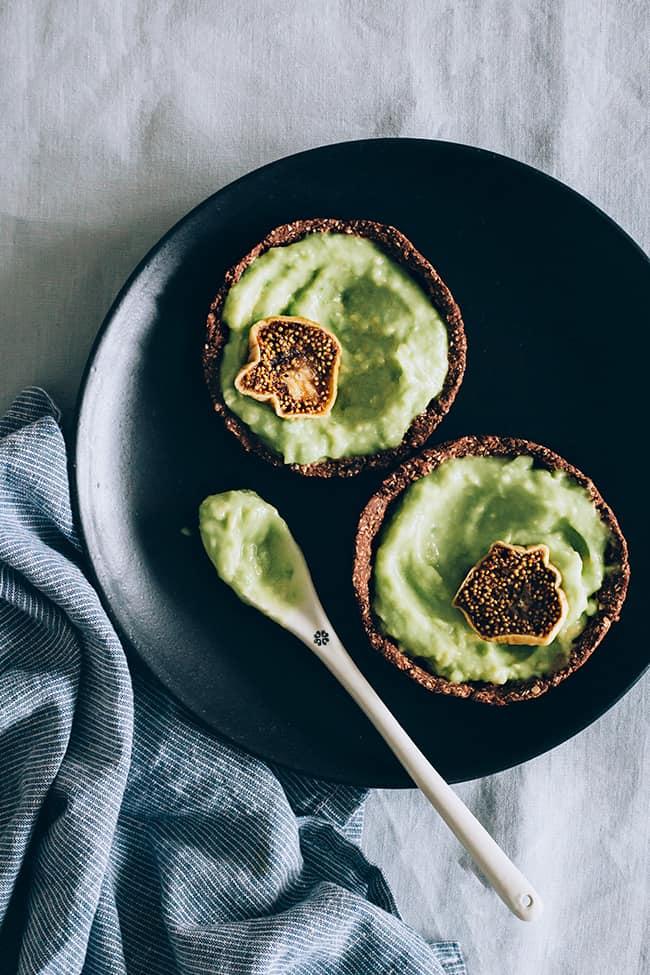 raw-vanilla-mousse-tart