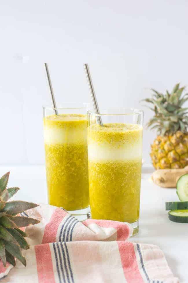 6-Ingredient Bloat-Busting Pineapple Smoothie