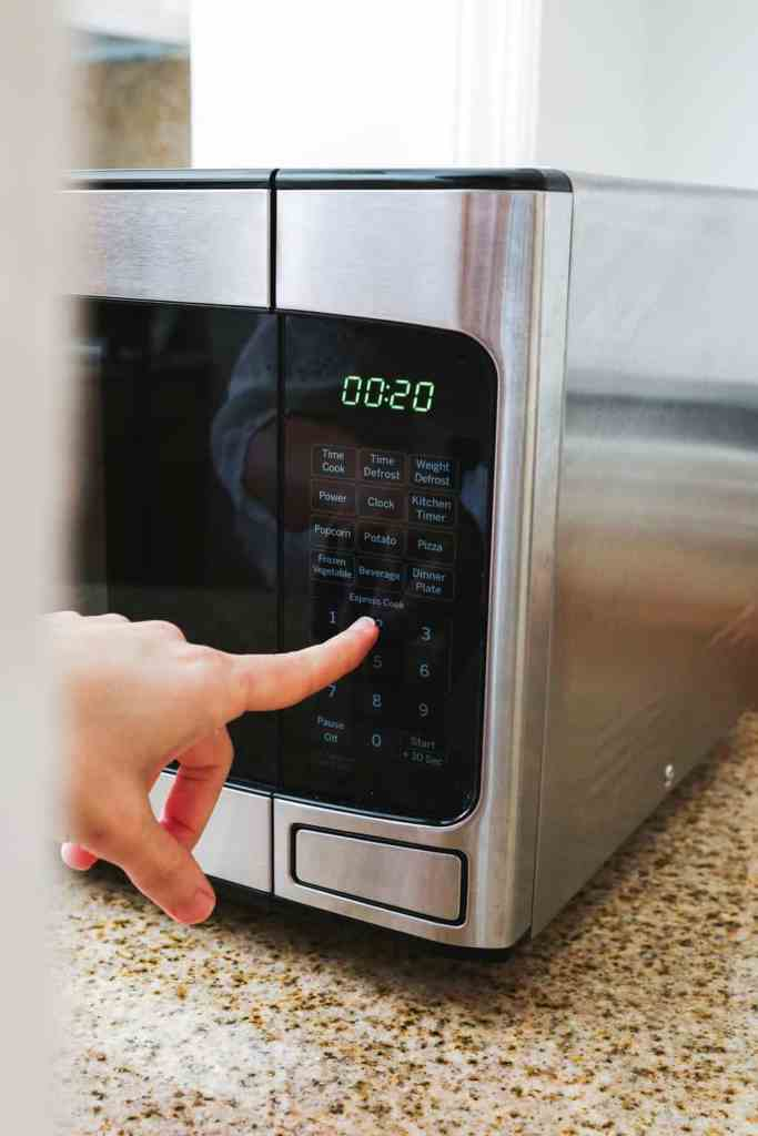 Making sugar wax in the microwave