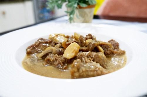 Beef with mushroom