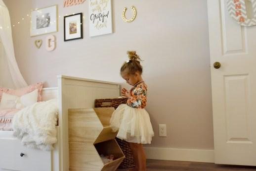 girly whimsical horse little girls room