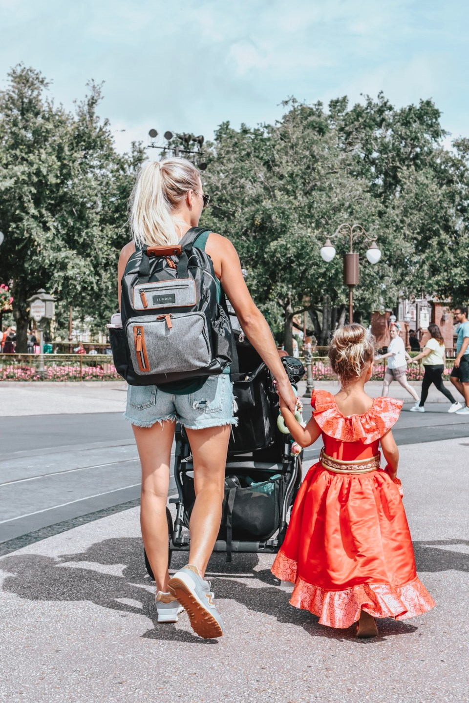 JJ Cole Diaper Bag, Perfect for Day Tripping and Traveling