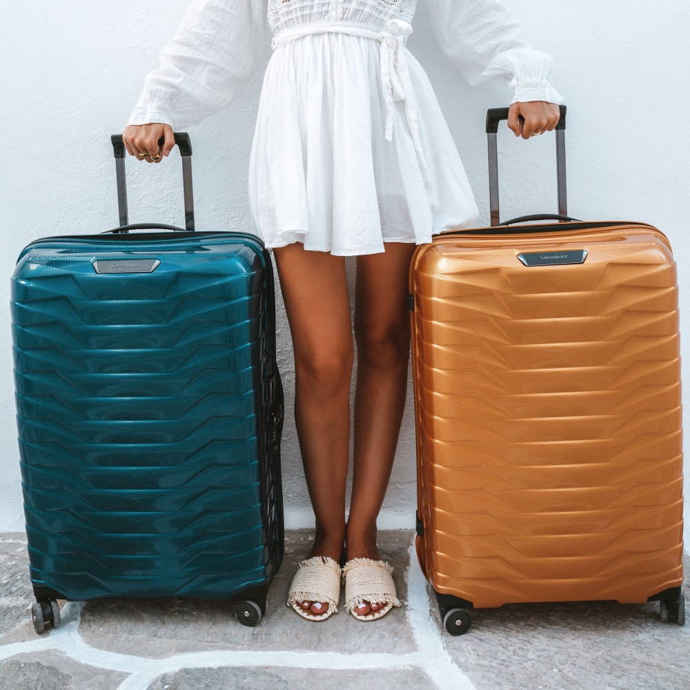 women with two proxis bags