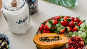 collagen and acai powder with fruit