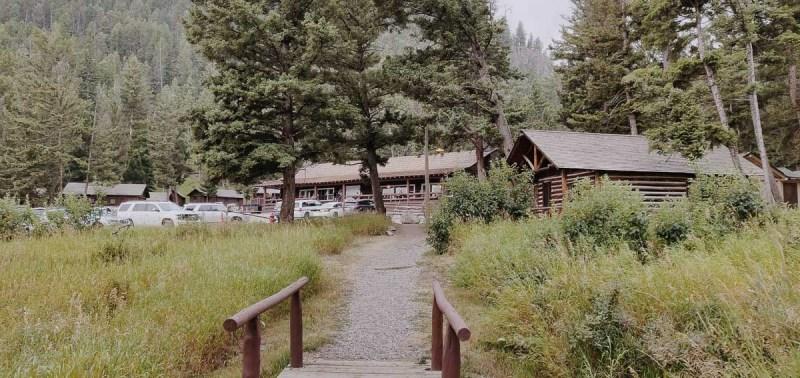 vue extérieure du Roosevelt Lodge