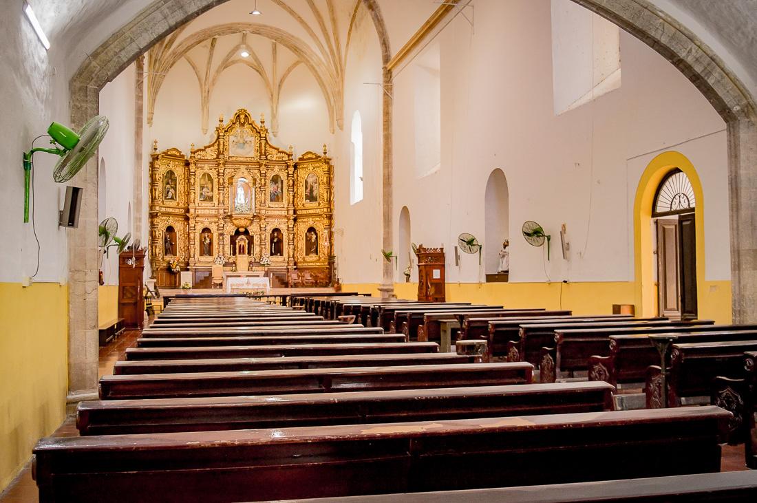 vue intérieure du couvent d'izamal