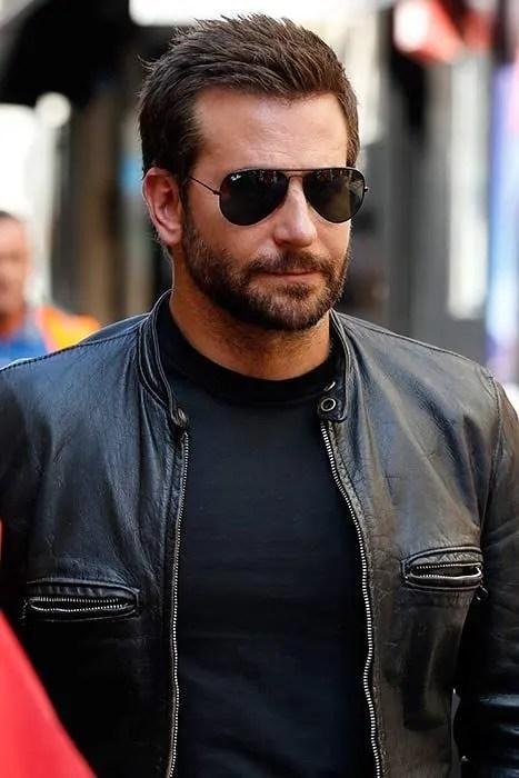 Bradley Cooper Working In Burger King