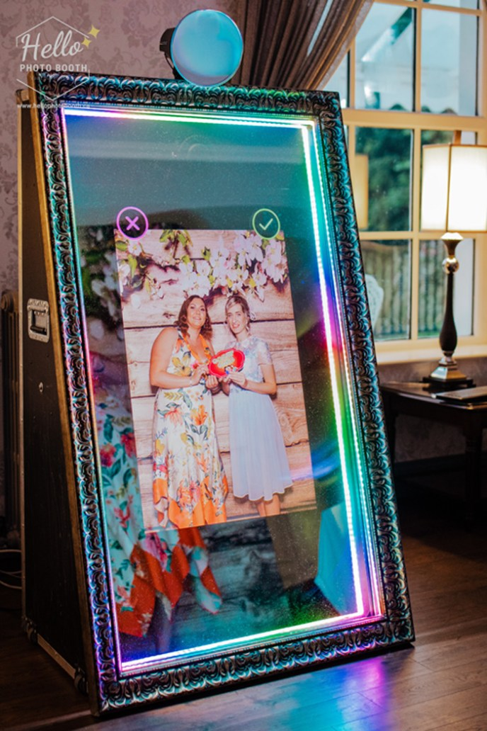 mirror photo booth rentals campbell river