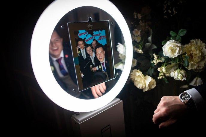 Aura-Booth_Wedding_p6T995_15