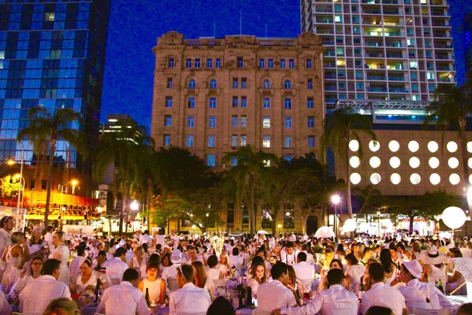 Diner en Blanc   Things to do in Brisbane   Hello Raya Blog