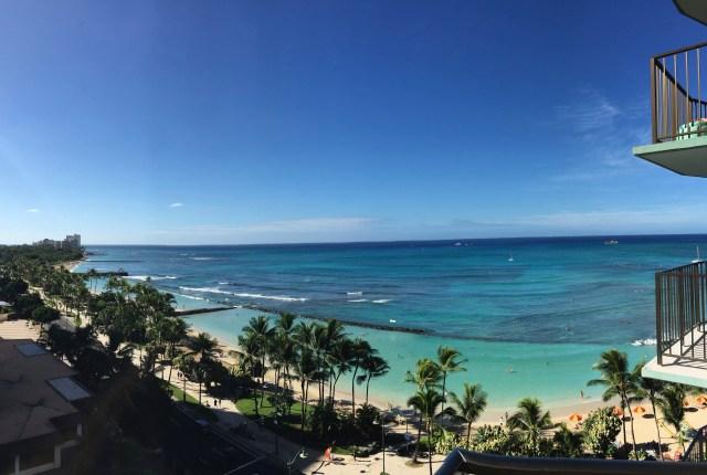 Balcony view waikiki | things to do in Oahu | Hello Raya Blog