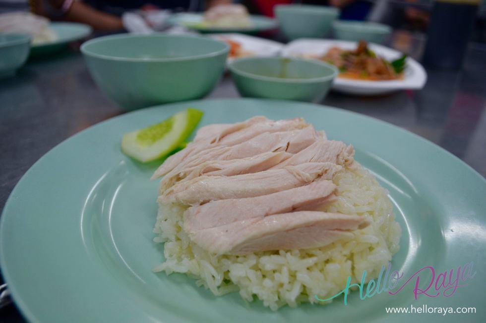 Khao Mun Gai (Chicken with Rice) | Where to eat in Bangkok, Thailand - Midnight Food Tour | Hello Raya Blog