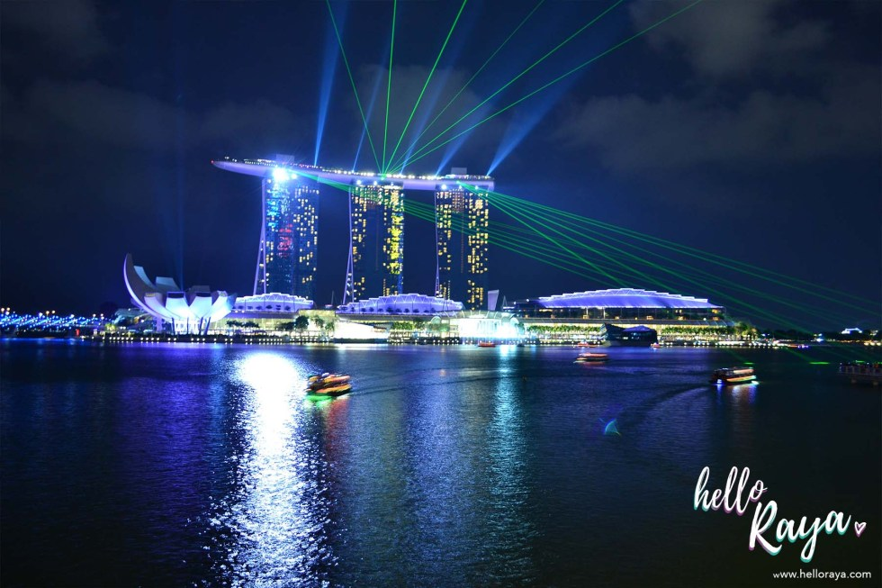 Singapore by Night - Marina Bay Laser Show | Hello Raya Blog