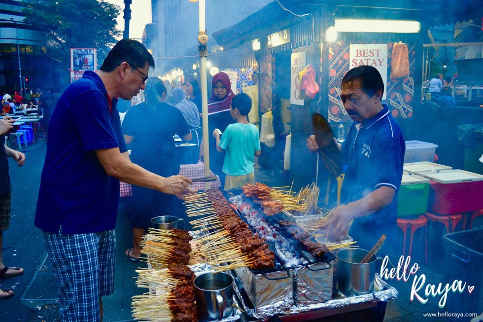Singapore by Night - Satay at Lau Pa Sat | Hello Raya Blog