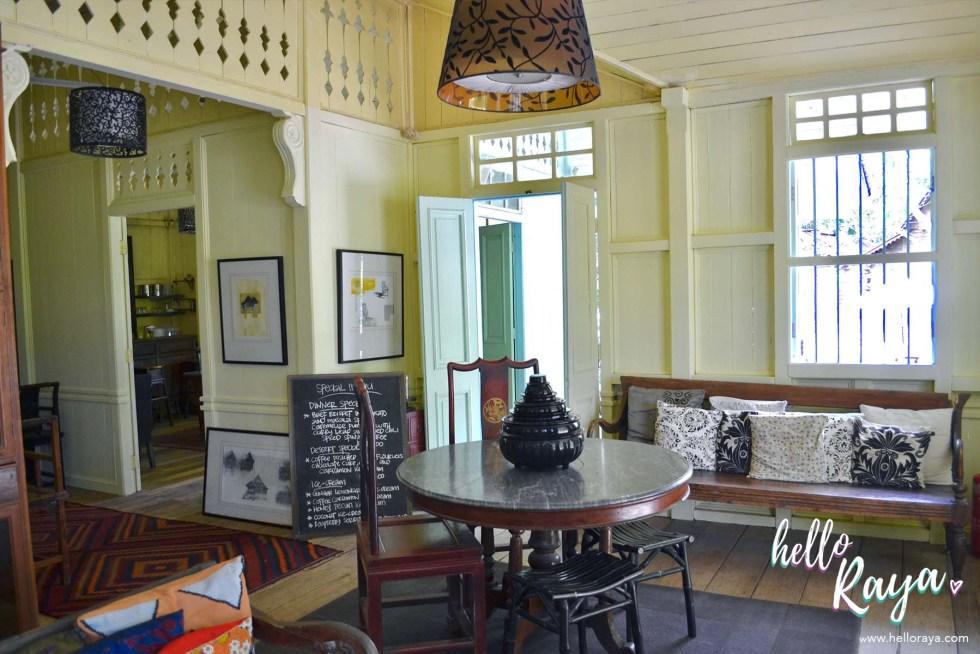 Temple Tree at Bon Ton Langkawi - Straits Club House   Hello Raya Blog